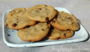 Classic Peanut Butter and Chocolate Chip Cookies! - BusyBeingJennifer.com