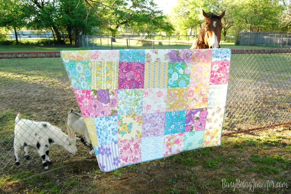 vintage sheet quilt - this one I'm keeping! - BusyBeingJennifer.com