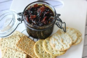 This Bourbon Bacon Jam makes an amazing gift (it's perfect for the bacon loving guy in your life!) and is definitely something that needs to get addded to your homemade list ASAP!